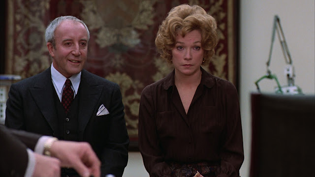 Being There 1979 Peter Sellers movieloversreviews.filminspector.com Shirley MacLaine