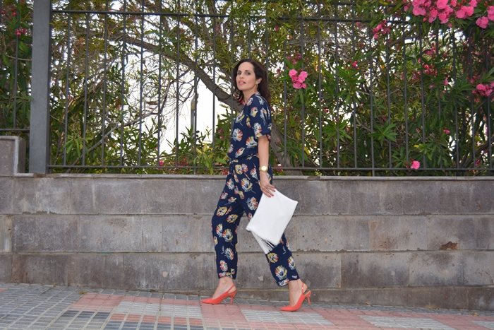 zara-flowered-jumpsuit-outfit