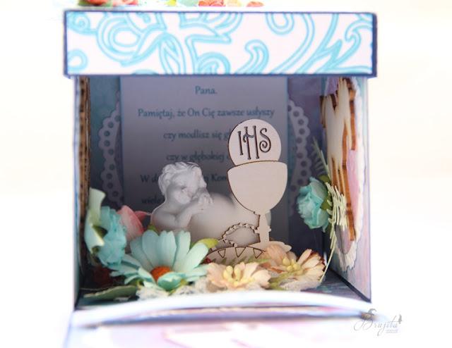 exploding box komunijny, I komunia święta, pamiątka pierwszej komunii świętej, prezent na I komunię Świętą, magiczna - kartka inspiracje, AltAir inspiracje, torebeczka na exploding box, kartka kielich, kartka w pudełku