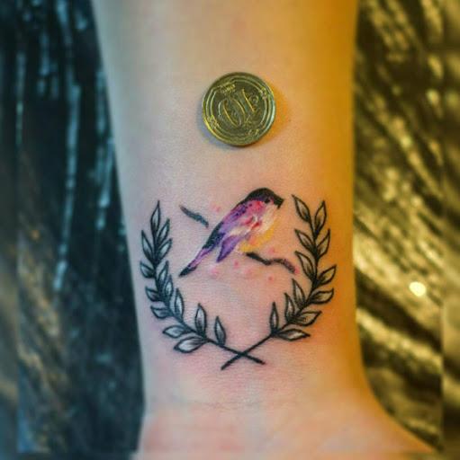 Este pequeno pássaro