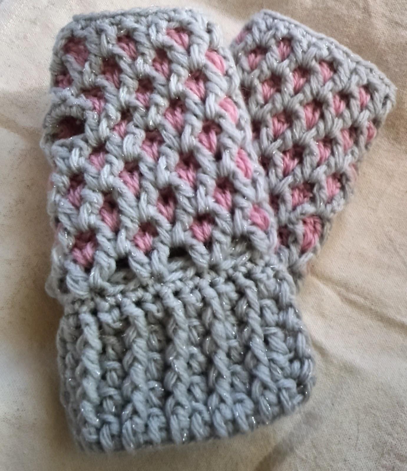 カギ針編みのアームウォーマー