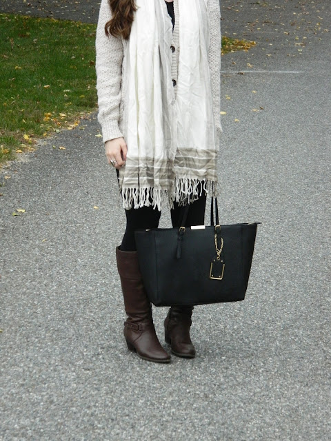 cardigan-and-scarf-outfit