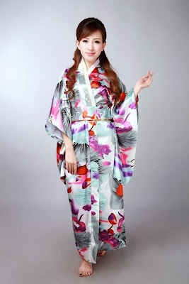 Kimono chinês barato que eu quero.