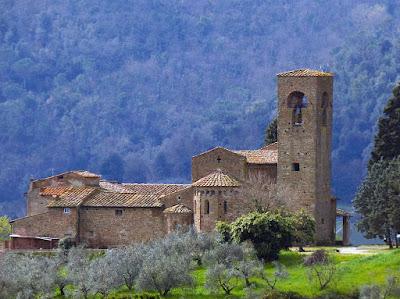 La pieve di S. Maria e S. Leonardo ad Artimino, Comune di Carmignano, Prato