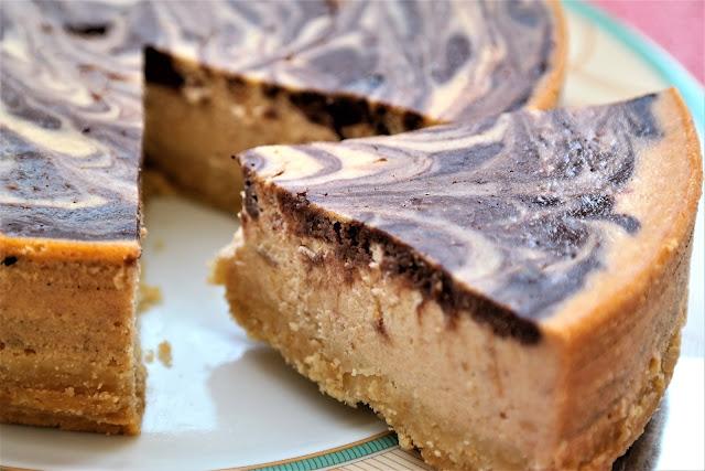 Mermer Cheesecake (Rafine Unsuz ve Şekersiz)