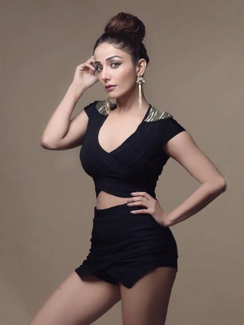 actress sonia mann age