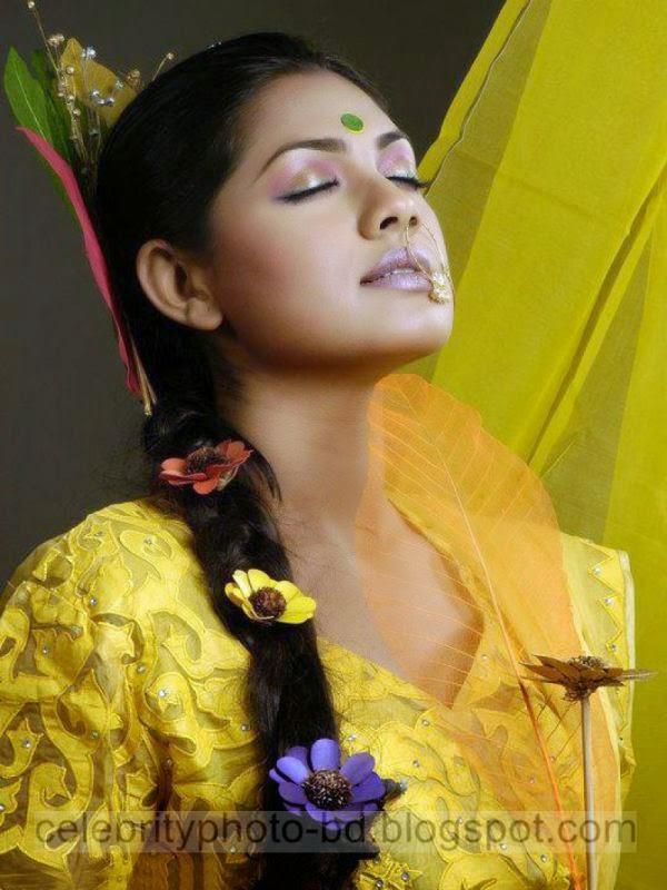 Bangladeshi Girl's Model Fashion Style HD Image 2014