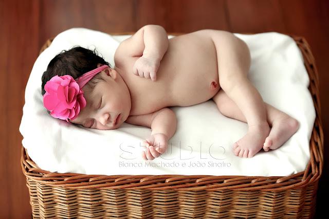 fotos newborn em estudio