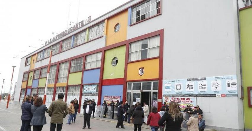 MINEDU: Más de 100 mil profesores rinden hoy prueba para Ascenso Magisterial 2019