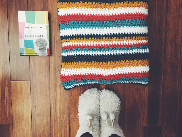 DIY This! Crochet Pillow Free Pattern!
