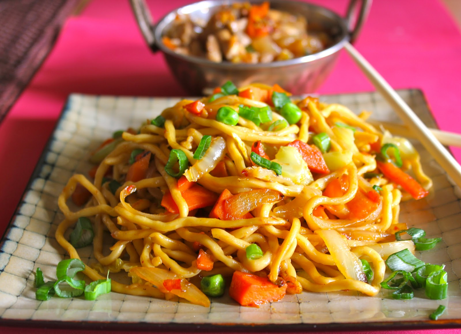 Blessings From My Kitchen: Chilli Chicken and Spicy Vegetable Noodles