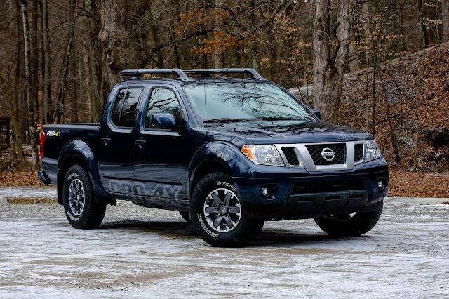 2019 Nissan Frontier PRO-4X 2019-Nissan-Frontier-front-quarter