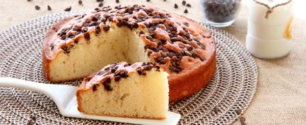 Torta Soffice Con Solo Albumi Yogurt E Gocce Di Cioccolata