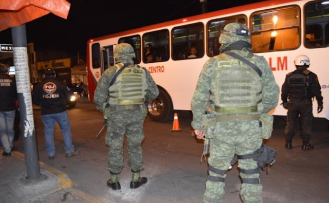 Transportes, Toluca, noche, uniformes, militares