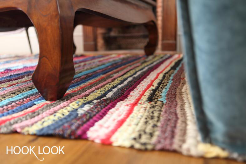 grand tapis en t shirts recycl s hooklook m li m lo d 39 id es en laine et au crochet. Black Bedroom Furniture Sets. Home Design Ideas