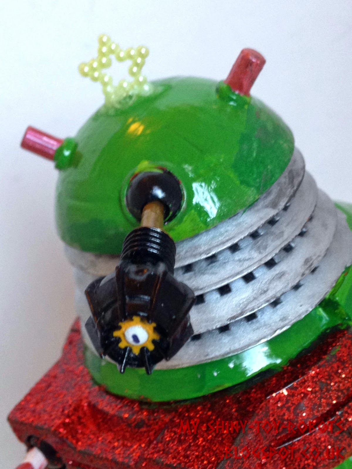 Custom Christmas tree Dalek