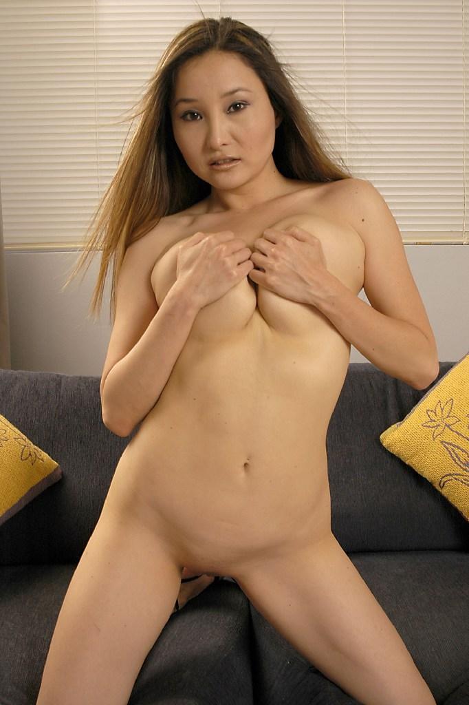 Nude Japanese Big Tits Busty Japan women -