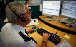 Οι πιο παράξενες κλήσεις που έχουν γίνει στην αστυνομία - Διάλογοι για γέλια και για κλάματα...