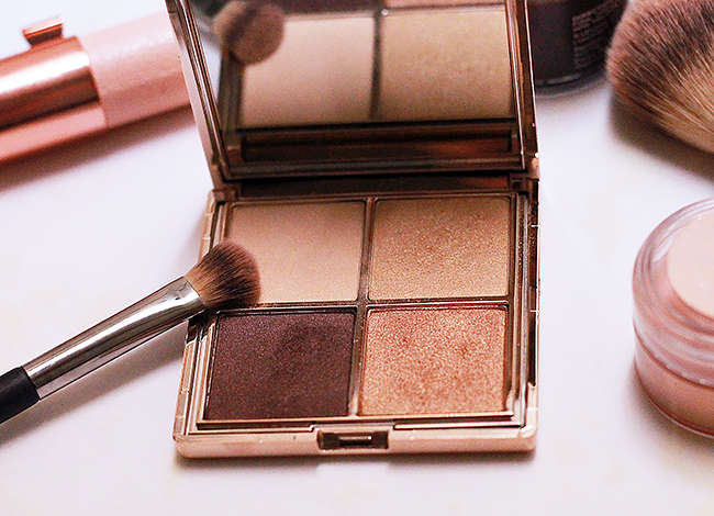 Amy Nadine Renewing Nude Eye Shdaow Palette