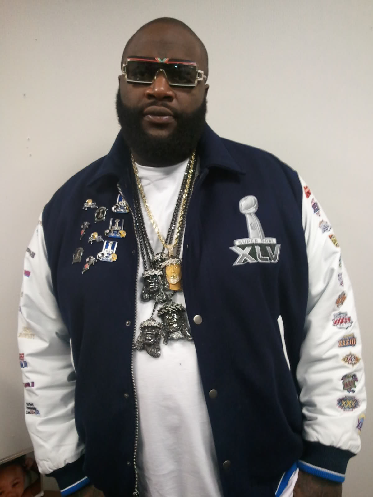 RICK ROSS BLACK DIAMOND JESUS ROSARY AND CHAINS VIEW 2