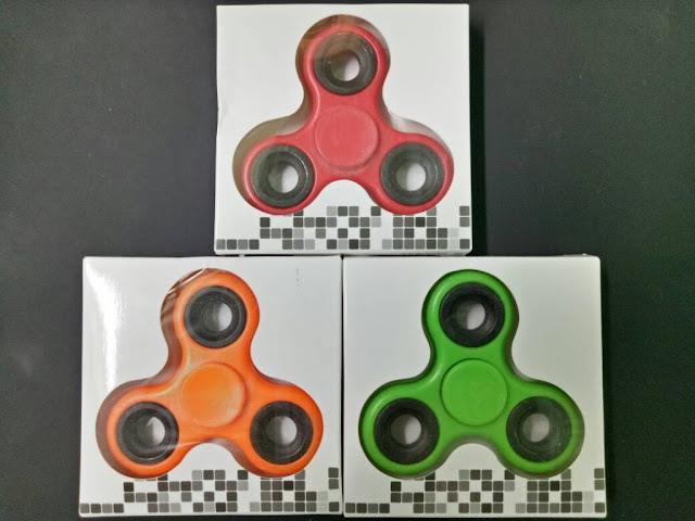 http://danahauses.blogspot.com/2017/11/manfaat-dan-jenis-fidget-hand-spinner.html