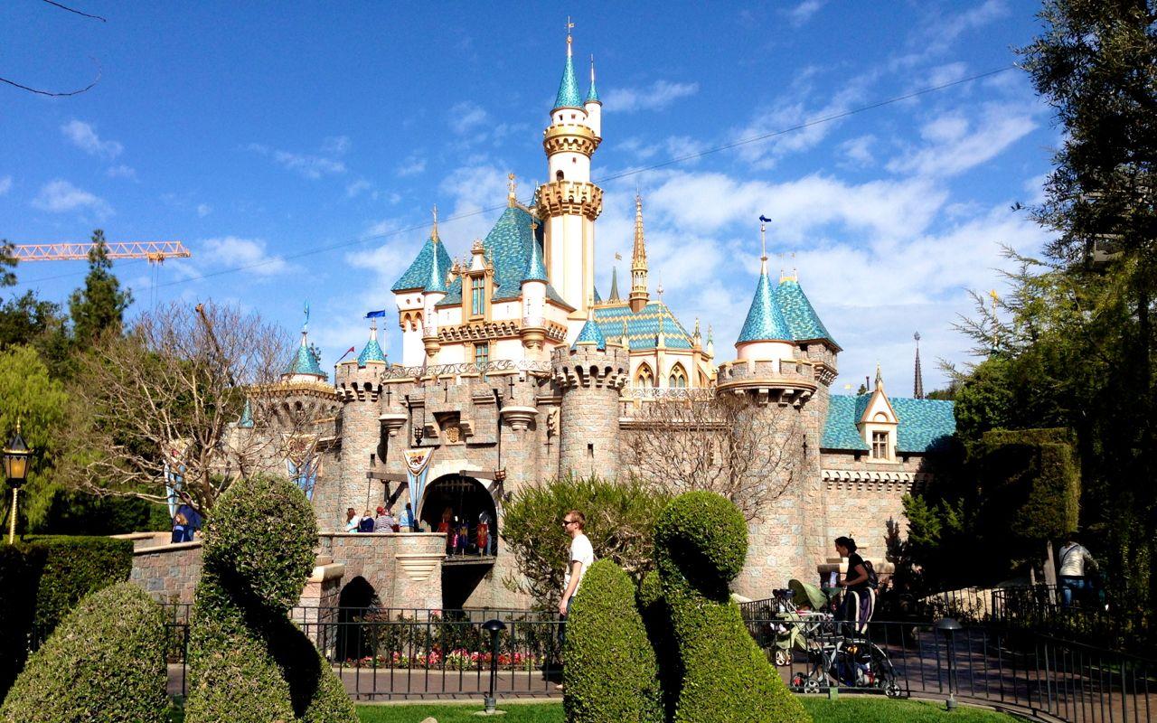 Disney Musings: Sleeping Beauty Castle Desktop