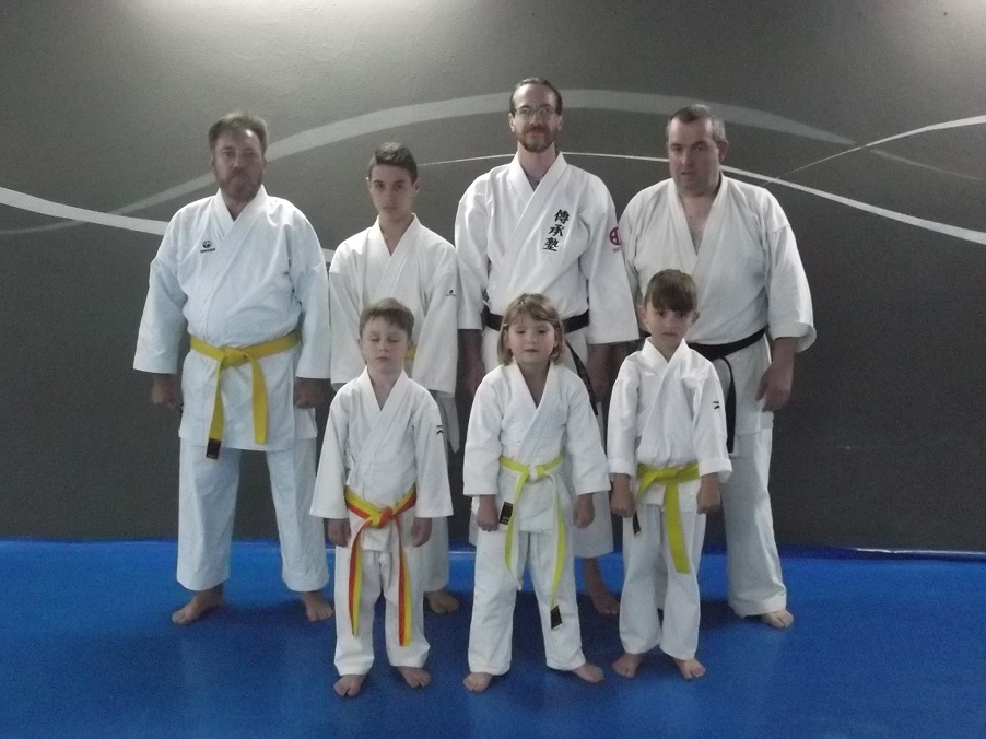 Karate shito ryu asturias visita al gimnasio yin yang de for Gimnasio yin yang