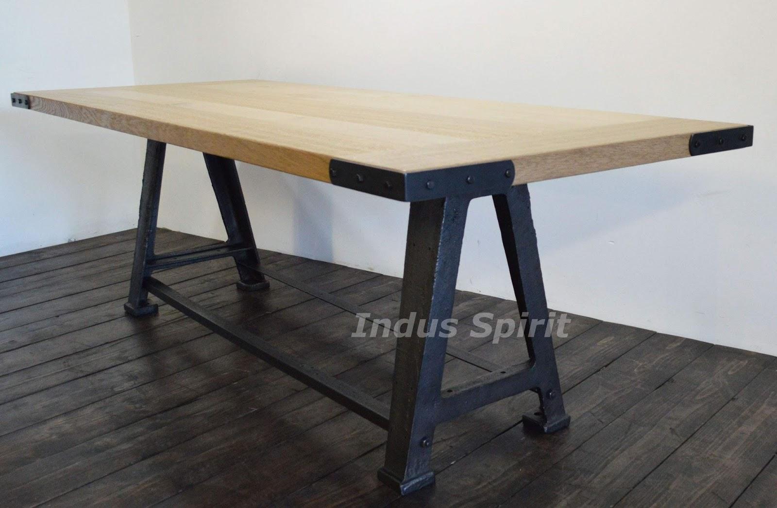 table cuisine style industriel conceptions de maison. Black Bedroom Furniture Sets. Home Design Ideas