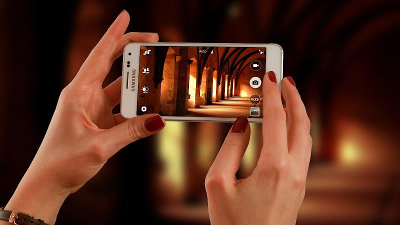 Testing Smartphone Camera HD