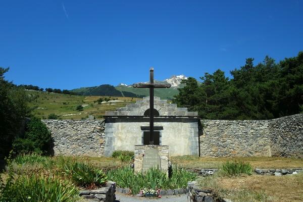 savoie maurienne vanoise aussois fort barrière esseillon sentier bâtisseurs cimetière sarde