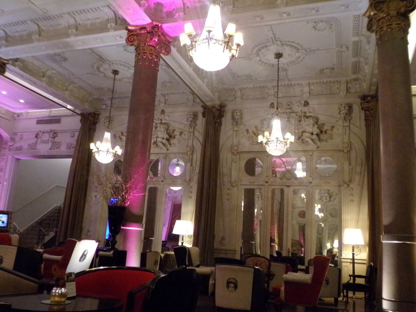 Historias Con Pueblos  Bar Imperio En El Hotel Savoy C A B