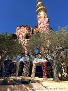 jardim dos taros varanda praca  - Jardim do Tarô de Niki de Saint-Phalle