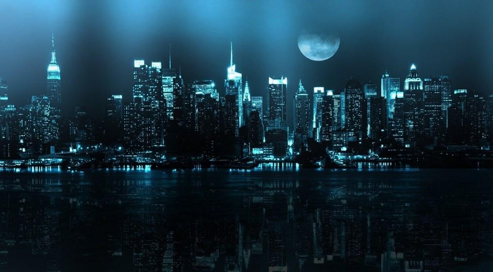 Background Kota di Malam Hari