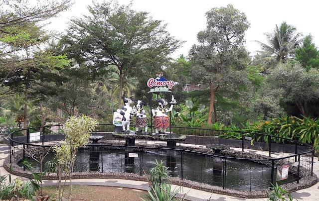 kolam ikan buas di cimory semarang