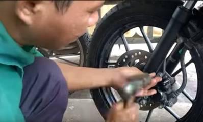 Cara Memperbaiki Dan Mengatasi Rem Cakram Motor Seret Dan Macet
