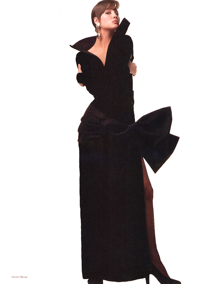 Christy Turlington wearing Yves Saint Laurent in Vogue US November 1986 (photography: Steven Meisel) via www.fashionedbylove.co.uk