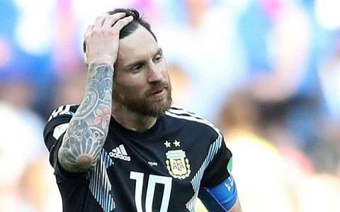 Messi là một trong những người đá phạt xuất sắc nhất thế giới.