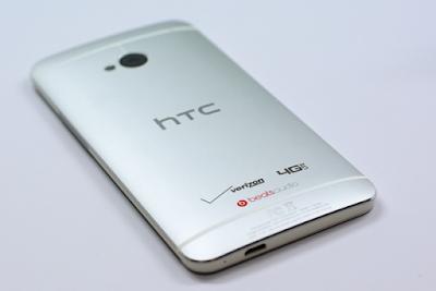Thay màn hình HTC m7 giá rẻ