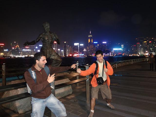 Estatua de Bruce Lee en el paseo de las estrellas de Hong Kong