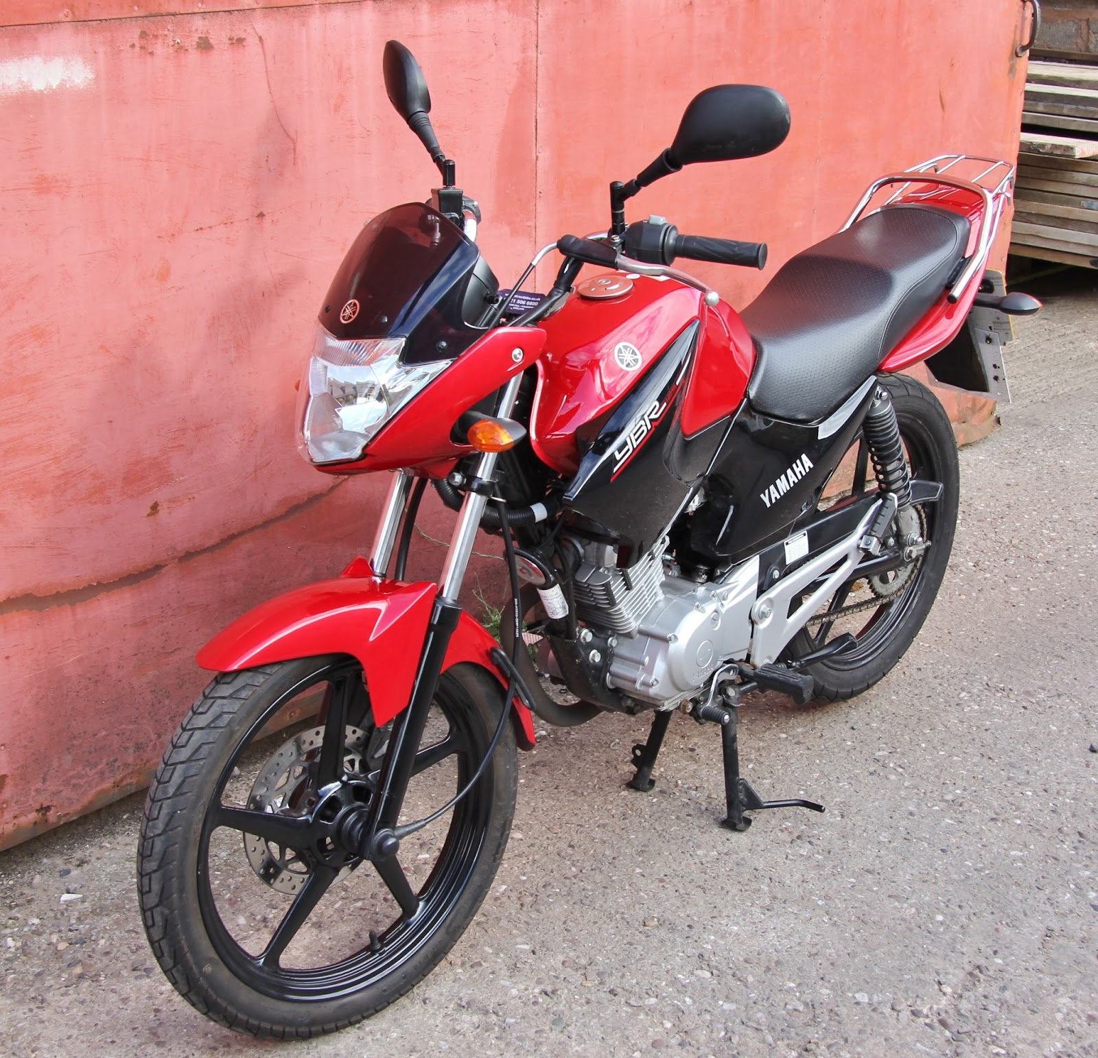 yamaha ybr 125 owner blog yamaha ybr 125 2014 1060 miles only for sale uk. Black Bedroom Furniture Sets. Home Design Ideas