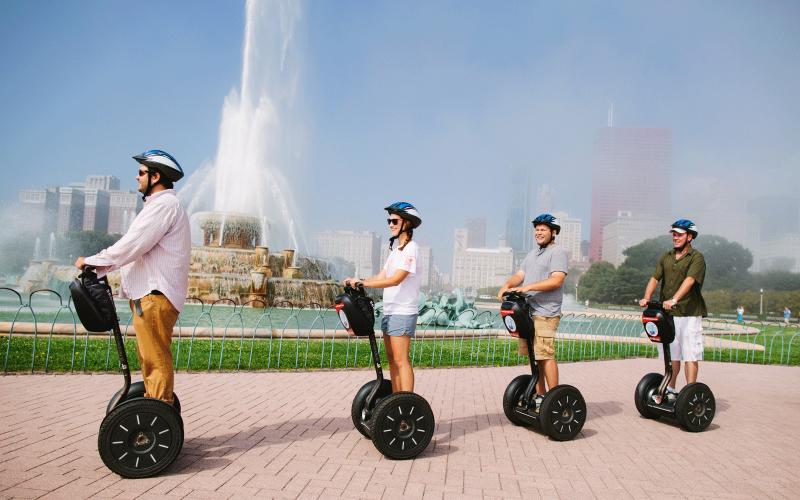 Zwiedzanie miasta nie musi być nudne! 5 sposobów na kreatywne zwiedzanie Chicago