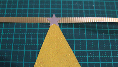 Christmas tree garland - Stick your star sticker point upwards to secure your 'Christmas tree'