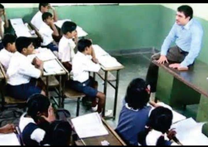 استاد سے ایک سبق-کہانی درست کریں ، اچھی چیزیں ، روشن خیال۔