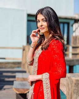 Aishwarya Rai Bachchan Cute Pics In Red Ghagra