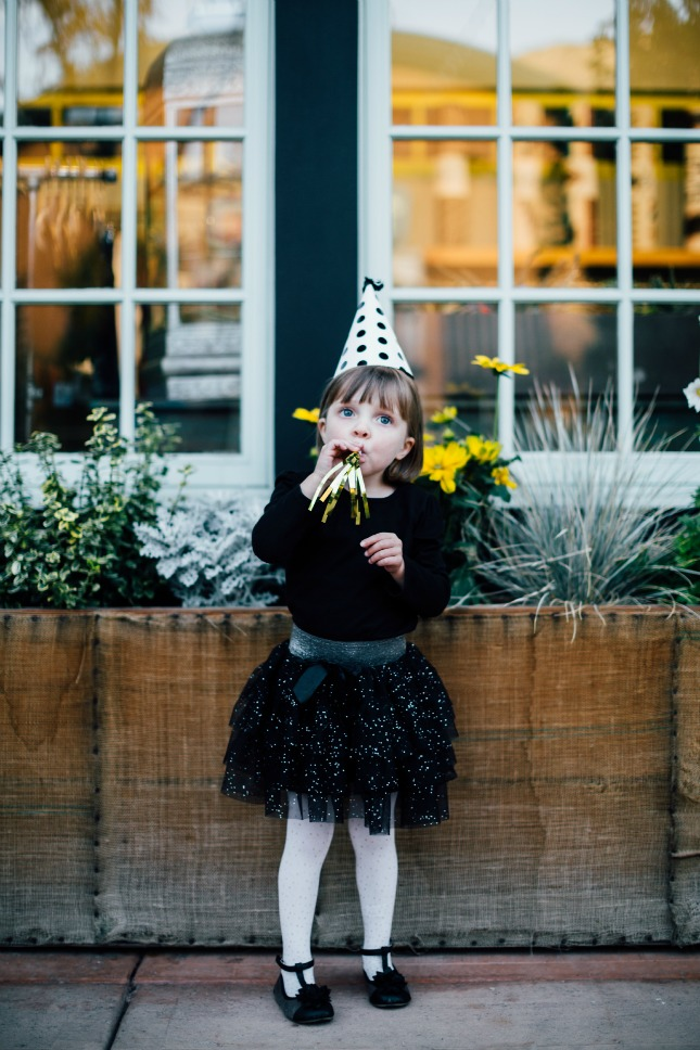 easy children's Halloween costumes: Party pooper