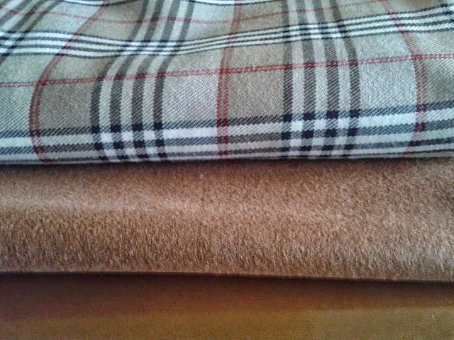 patronycostura.blogspot.com/cortar y coser una capa - cosemos juntas noviembre 2014