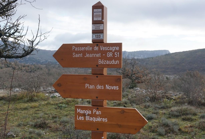 Signpost 133 at Plan des Noves