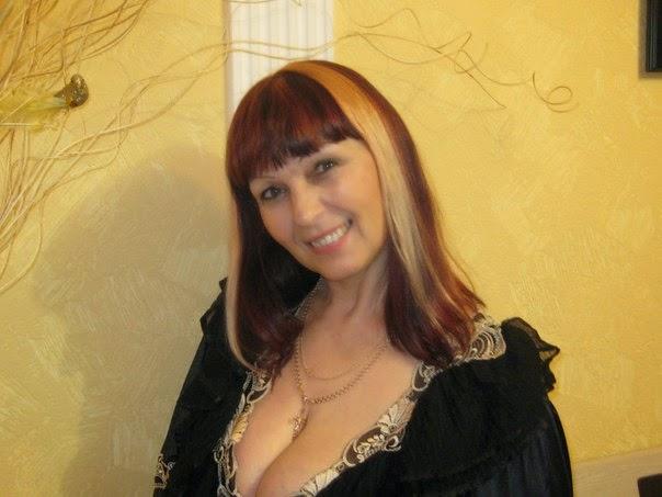 Nude woman venus of willendorf