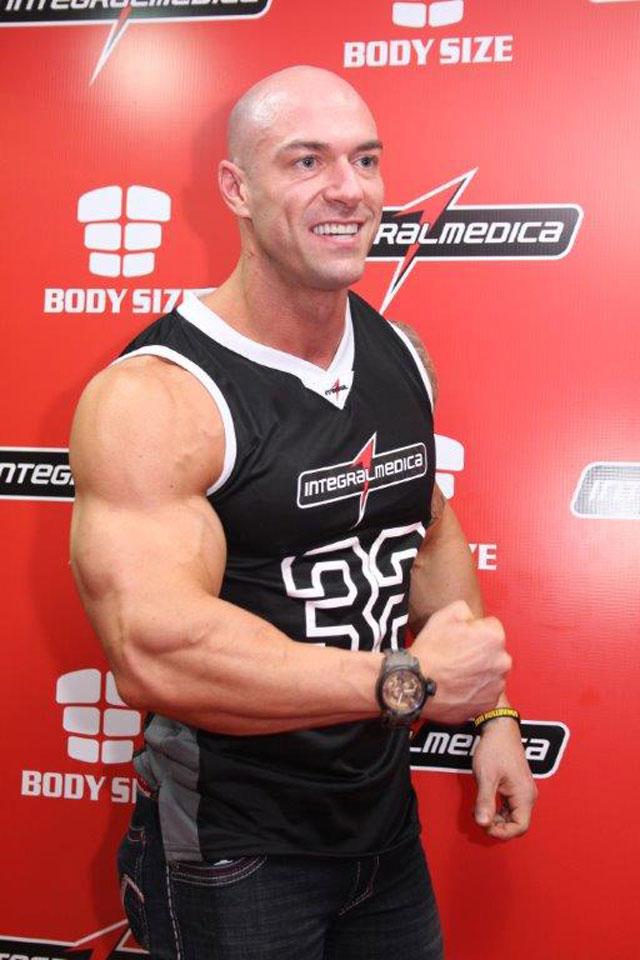 O personal trainer e bodybuilder Carlos Tomaiolo. Foto: Divulgação