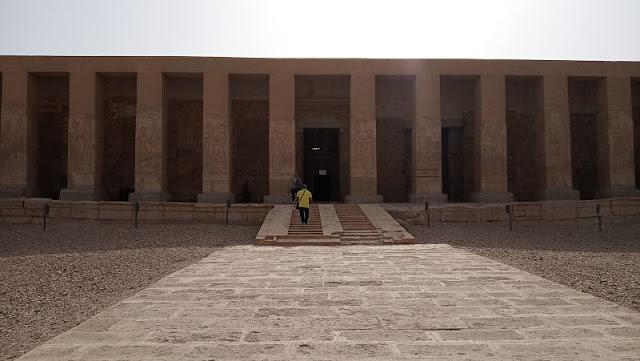 colonnato del tempio di Abydos